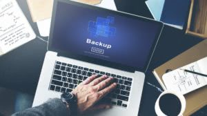 backup na laptopie