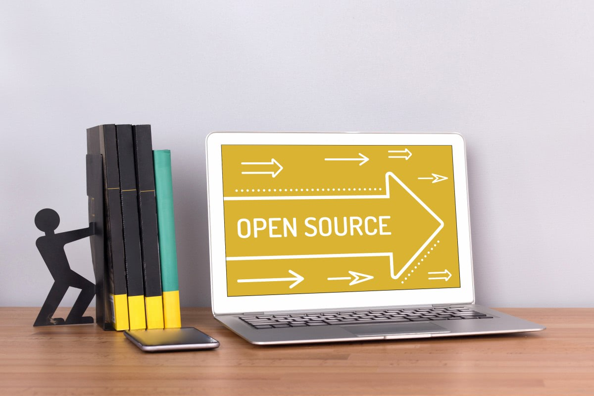 open source na laptopie