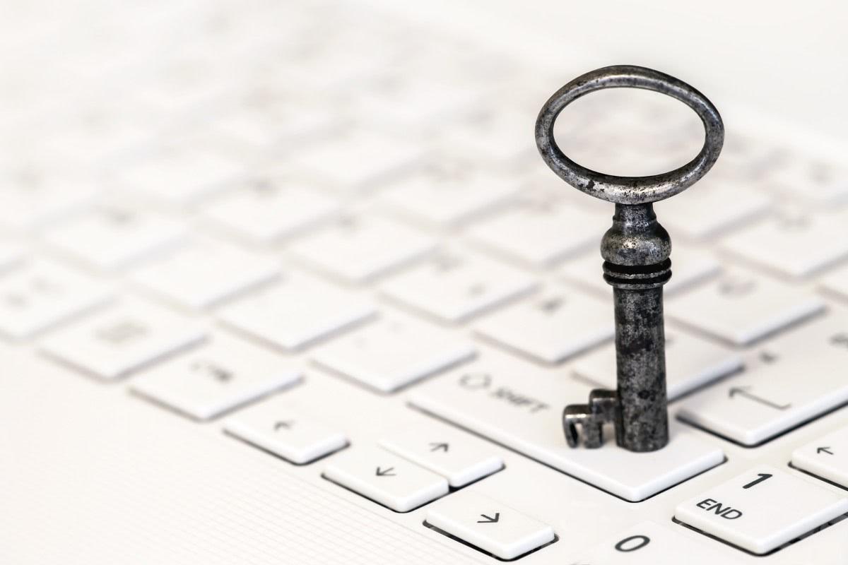 klucz na klawiaturze