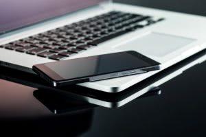 smartfon na laptopie rootowanie