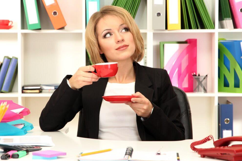 w biurze przerwa na kawę